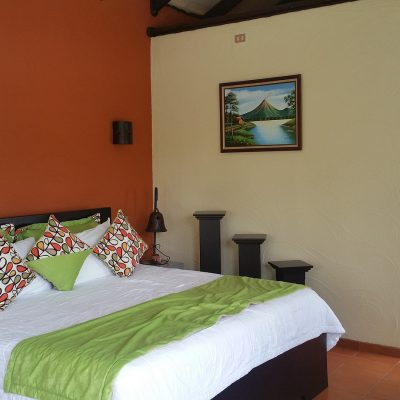 arenal-hotel-2671106_1920